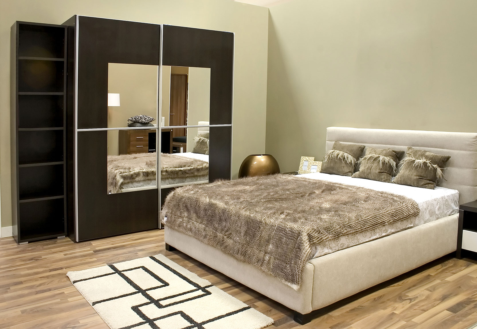 Wardrobe Designs for Bedroom Indian