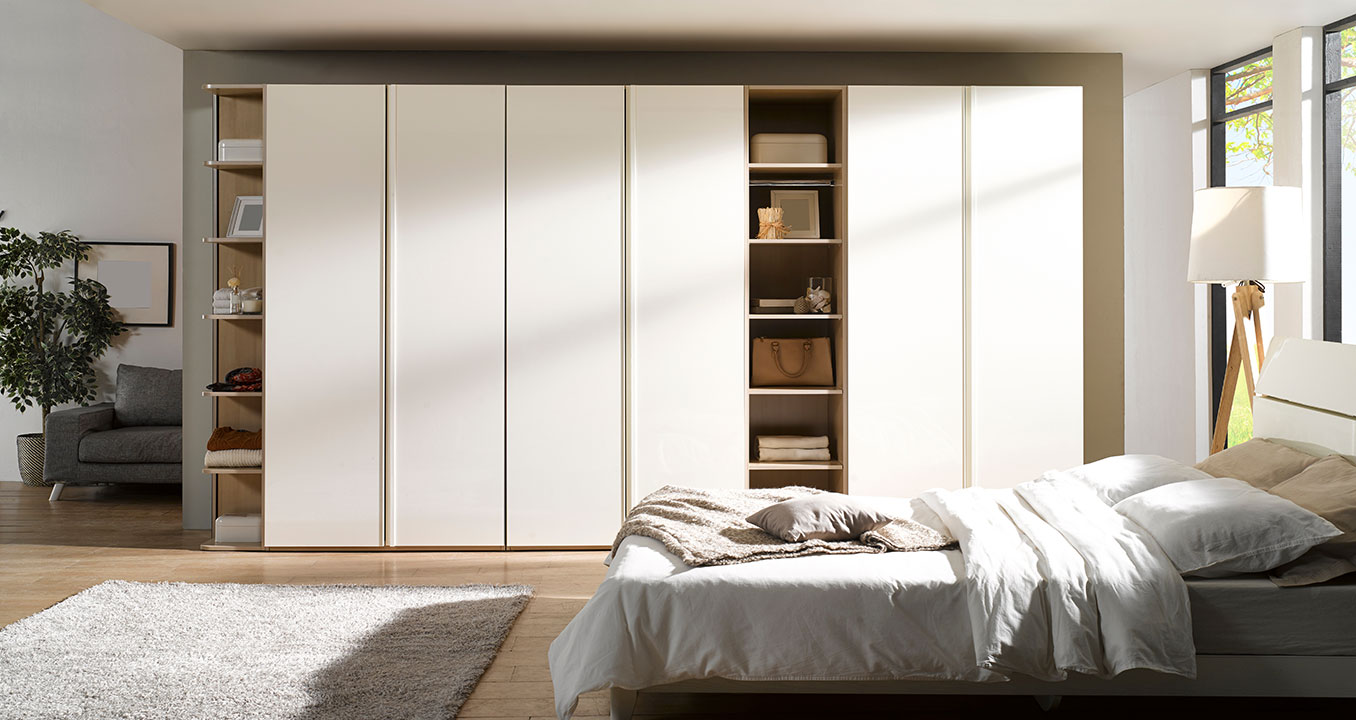 master-bedroom-wardrobe-designs